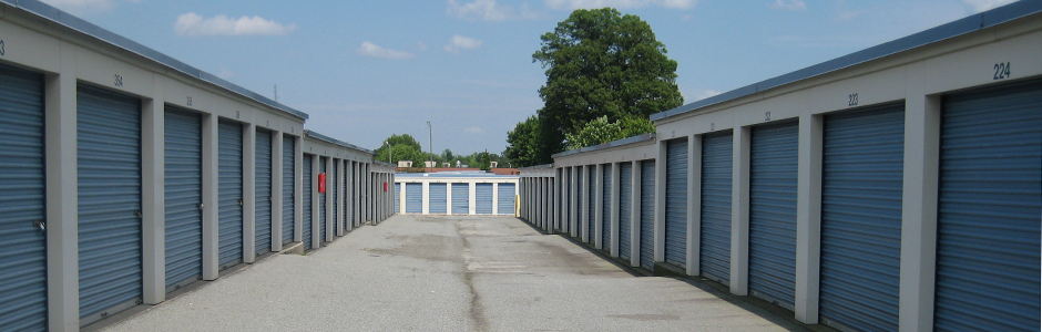 Drive Up Access To All Storage Units Safe